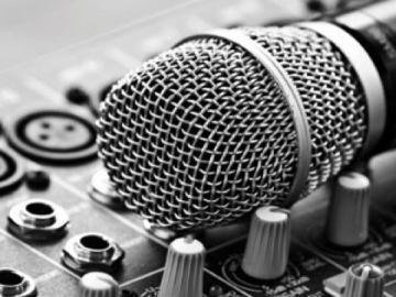 موسيقار سوداني: (ما ممكن فنان يغني في حفلة أقل من ساعتين بملايين الجنيهات)